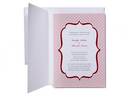 Herzliche Hochzeitseinladung mit Einlegekarte mit rot-weißem Muster.