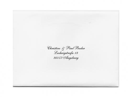 Briefumschläge bedruckt mit der Anschrift Ihrer Gäste.
