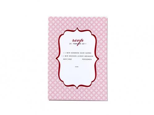 Rückantwortkarten für Ihre Hochzeitsgäste passend zur Einladungskarte gestaltet.