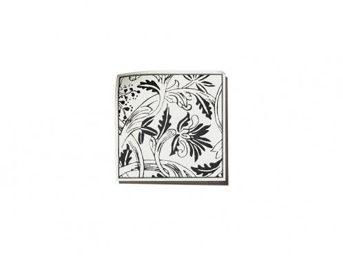 Sticker 30x30 mm mit Tuschezeichnung passend zum Design der Einladungskarte.