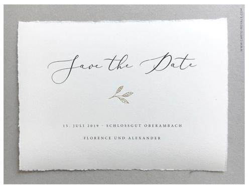 Büttenpapier Save-the-Date-Karte zur Hochzeit mit gold geprägem Blatt