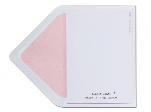 Taufeinladung mit pinkem Regenschirm und rosa gefüttertem Briefumschlag.