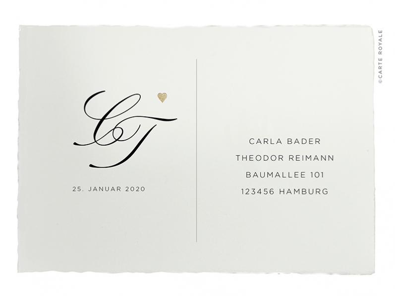 Antwortkarte mit Monogramm, gedruckt auf feinstem Büttenpapier mit rosé-goldener Prägung. Die Antwortkarte ist passend zur hochwertigen Einladung gestaltet und geprägt.