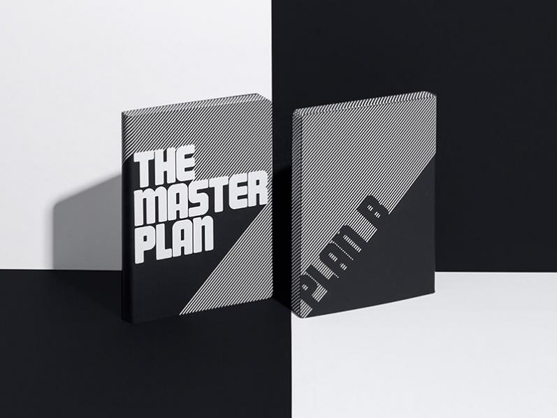 Begehrtes Design Notizbuch Master Plan mit 360° Farbschnitt und Aufdruck auf recyceltem Leder.