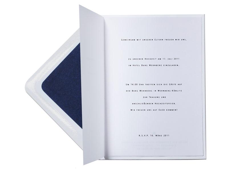 Fühlen Sie das hochwertige Papier dieser Hochzeitspapeterie Serie mit der Bestellung einer Musterkarte.