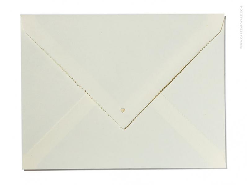 Hochwertige Geburtskarte mit goldener Prägung gedruckt auf Büttenpaper.