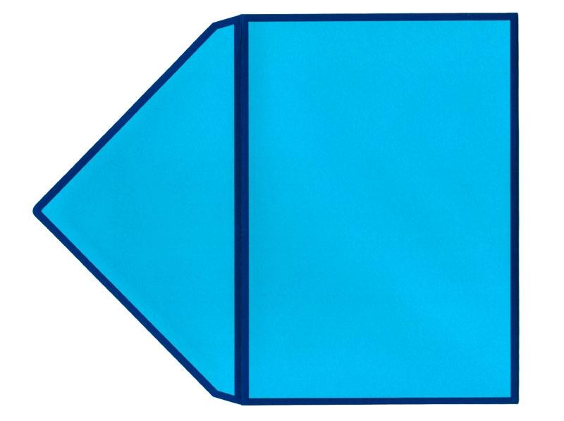 Blauer Briefumschlag im C6 Format mit dunkelgrünen Kanten.