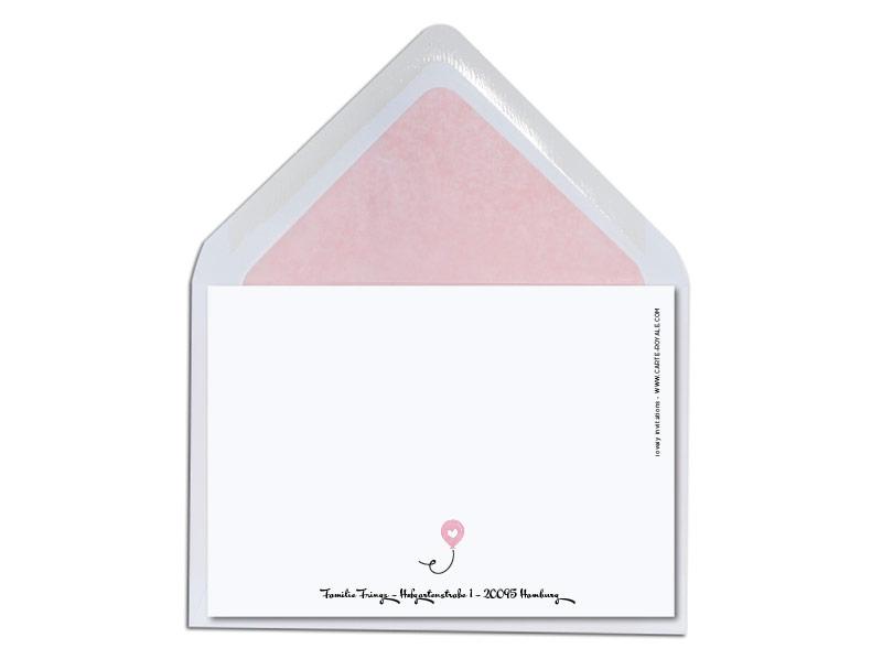 Geburtskarte mit illustrierter Eule und rosa gefüttertem Briefumschlag.